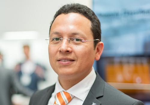 Dr. Carlos Paiz Gatica