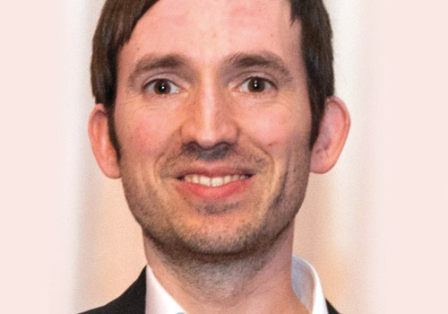 Dr. Tobias Bürger